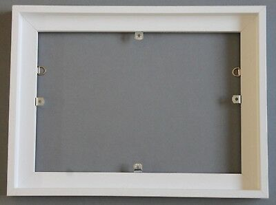 """White Woodenshadow gaptrayframe for stretched canvas 14""""x10"""". Picture ready."""