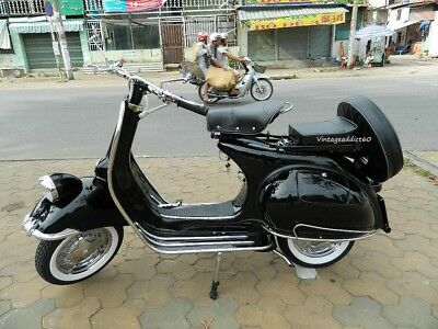 """1957' Vespa Fender Light Fuy Restored Free Shipping with """"BUY IT NOW"""""""
