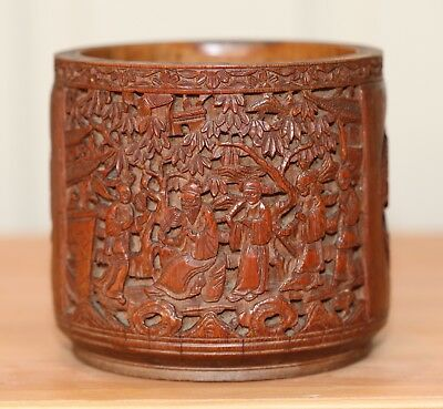 Antique Chinese very fine carved Bamboo Brush Pot, Scholars item, QING DYNASTY.