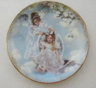 """Sandra Kuck Fifth Issue """"always With You"""" Calendar Plate """"may"""" #4142A"""