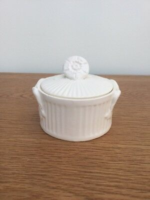 Leedsware Classic Creamware Small Pot With Flowers