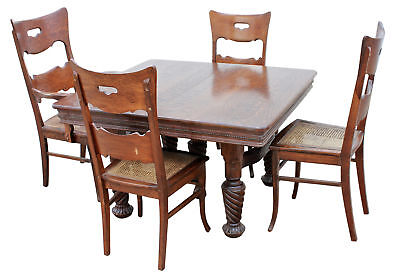 Quartersawn Oak Table w/4 leaves & 7 Chairs