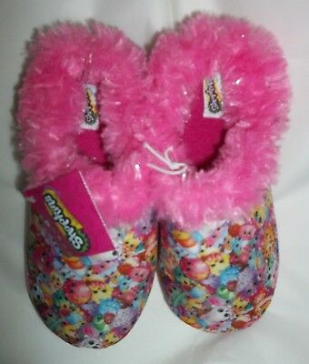 nwt-Girls-Slippers-Size Large (2/3)-Moose-SHOPKINS Fuzzy Pink Slippers-Print