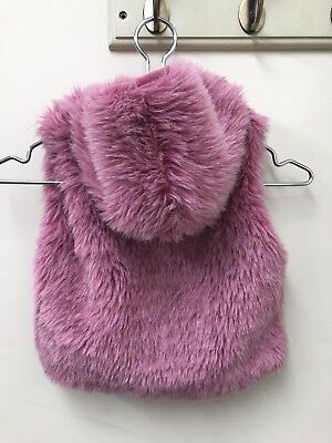 Baby Girl Faux Fur Pink White Gilet Bodywarmer Age 6-12 Months Height 74cm
