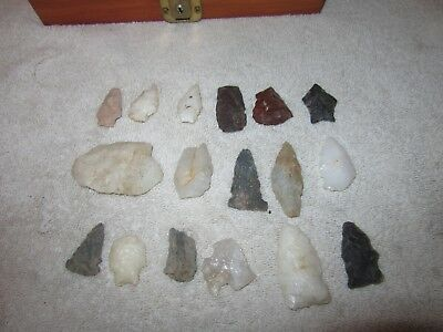 18 Piece's  Vintage Native American Artifact's Arrowheads