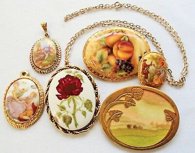 """Large vintage hand painted ceramic picture brooch + 2 """"lovers"""" pendants + 3"""