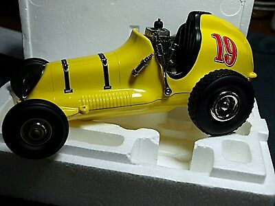 Nylint Replica Diecast Champion Thimble Drome Tether Car. Nib