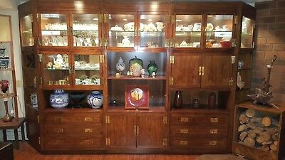 Rare Set of 5 Vintage Henredon Campaign Scene 1 Curio Cabinets With a Bar Table