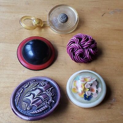 Lot Of 5 Vintage Sewing Button Plastics Mixed Materials