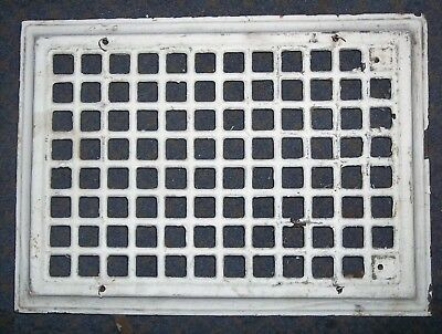 """Vintage Steel Furnace Heater Wall Grate Register 14 X 10 5/8"""" Rescue Salvage"""