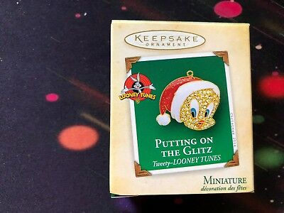 2004 Putting On The Glitz- Tweety Looney Tunes Hallmark Miniature