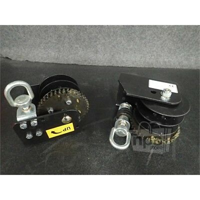 """Pair of Winches Beesley H-2000 Hub 1.67 Gear Ratio 41:1 Drum Capacity 1/8""""-57ft*"""