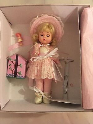"Madame Alexander 8"" Collecting Dolls 30940 With Box"