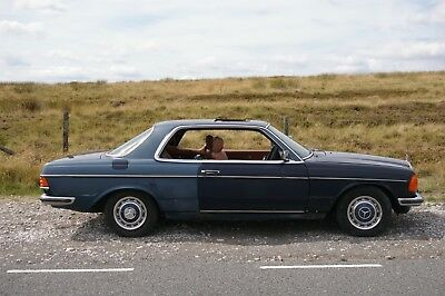 Mercedes 230CE 1983 coupe W123