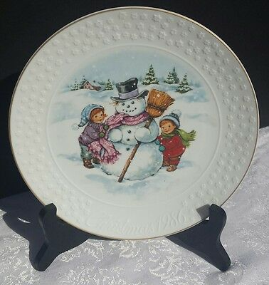 A Childs Christmas, Avon Collector's Plate 1986