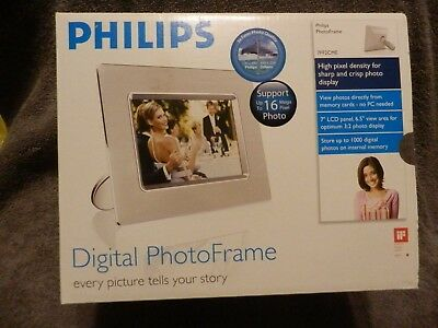 "Philips Digital Photo Frame NEW 7"" LCD Panel High Pixel Density Store 1000 Photo"