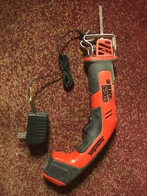 BLACK & DECKER HANDI SAW With Wall Hanging Clip Charger And Regular Charger