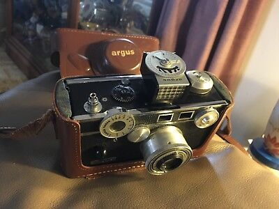 Vintage argus C Four 33mm/ Flash / Case/ Untested