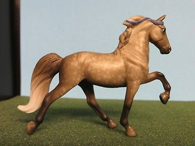 Breyer Stablemate Tennessee Walking Horse #5702 With Info Card