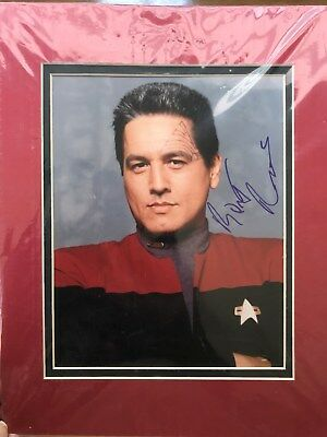 "Robert Beltran Commander ""Chakotay""  autographed photograph/authenticated"