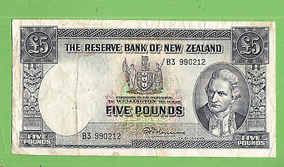#D297. New Zealand Five  Pound  Circulated  Banknote  #B3 990212