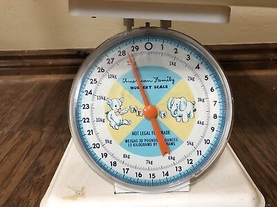 Vintage 1960's American Family Nursery Baby Scale   Photography Prop
