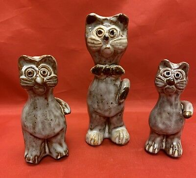 3-1985, Owens, N.C. Art Pottery, Janet Bolick, Figural Cats, Heavy Articulation
