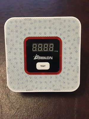 ARIKON Plug-In Combustible Gas Detector Voice Warning Digital Display White