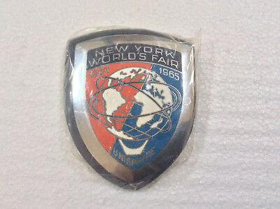 New York World's Fair 1964 - 1965 Vintage Car Badge Unisphere ORIGINAL PACKAGING