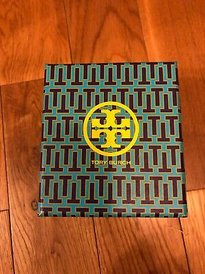 """Tory Burch 3"""" X 3"""" note cards w/envelopes 3 styles; 15 in all; collectible box"""