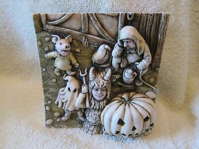 Harmony Kingdom Picturesque Wimberly Tales Masquerade PXWC5 New in Box