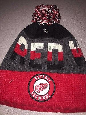 b6d3326ae NHL DETROIT RED Wings CCM Vintage Hockey Pom Cuffed Winter Knit Hat ...