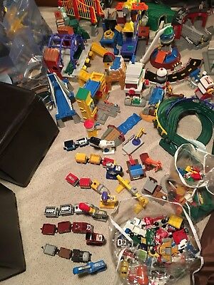 HUGE Collection GeoTrax Trains Track Structures W/ Bins