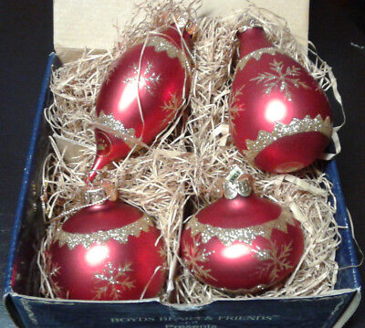 """Boyds Bears Collection, """"BAILEY'S RED SNOWFLAKE"""" Set of 4 Ornaments #391100-02"""