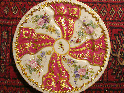 Very fine Sevres Porcellaine Plate - rich gilding, 20th C.