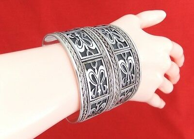 Vintage 925 Sterling Silver & Black Oxidized Patterned Cuff Bangle - Heavy
