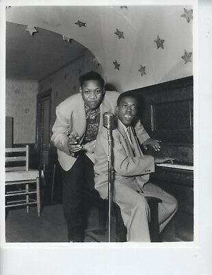 ERNEST WITHERS PHOTO 8X10 AFRICAN AMERICAN ARTIST PHOTOGRAPHER RARE FROM HIM b