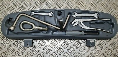 Bmw 3-Series E46 Saloon Coupe Boot Tool Kit 1094910