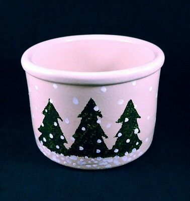 Christmas Tree Robinson Ransbottom Roseville RRP Ohio Cheese Crock Theme Snow
