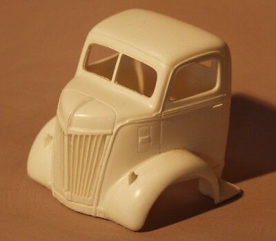 Mill City Replicas 1//25th scale 1933 Willys Resin coupe Body