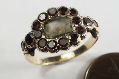 ANTIQUE ENGLISH GEORGIAN 9K GOLD GARNET HAIR LOCKET MOURNING RING c1820