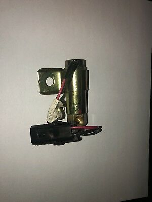 International Navastar OEM Fan Clutch Solenoid Valve