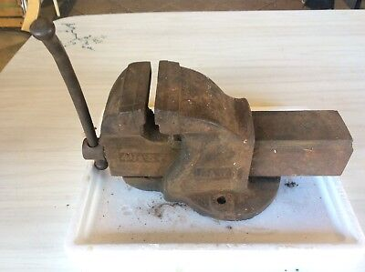 Dawn  4 1/2 Sp Bench Vice