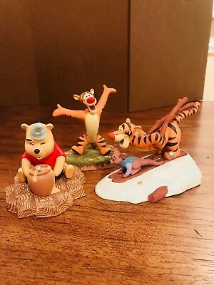 Pooh And Friends Figurines Winnie The Pooh See No Evil 995