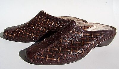 79fa3a18b4524 Pikolinos Woven Cut Out Leather Slides Women's 39 (US 8.5) Shoes Low Heel  Mules