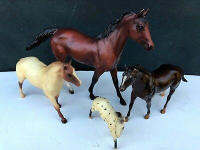 Lot of 4 Vintage Breyer Horses - Stablemate, G1, Classic, Little Bits