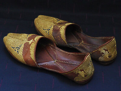 Antique Leather Moccasin Shoes Golden Tinsel Natural Skin Ottoman Orient Embroid