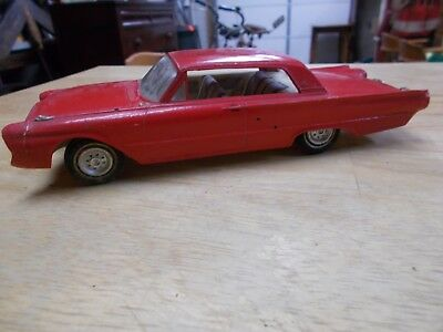 1961 Ford Galaxie Custom AMT BUILT 1 25 MODEL With Screw Chassis