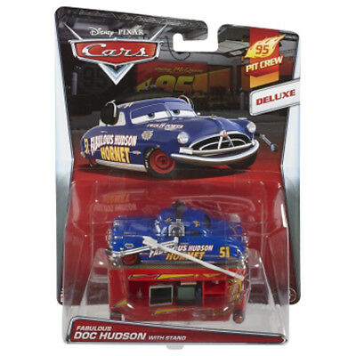 Voiture Disney Pixar Cars Fabulous Doc Hudson With Stand
