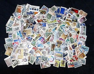 Canada 20 Grams Of Off Paper Large Or Medium Sized Pictorials, No Small Sized